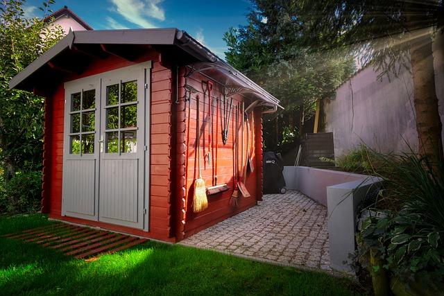 Abri de jardin: en bois, en métal ou en PVC?